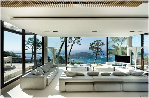 Bayview Villa in Cote d'Azur (creative commons)