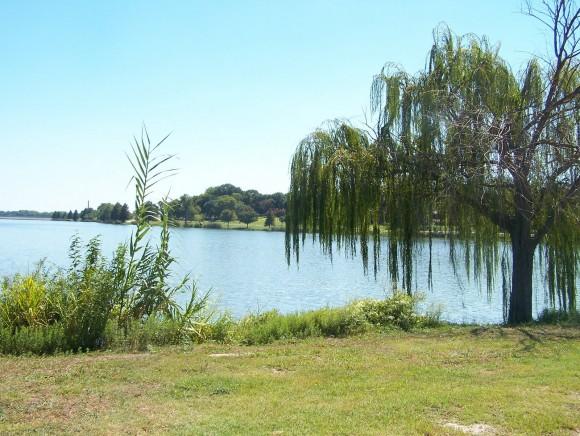 White Rock Lake, Texas (creative commons)