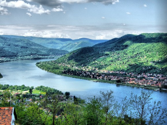 Visegrad  Danube bend from Castle (Creative Commons)